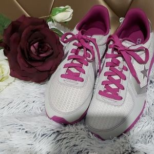 CONVERSE WOMEN'S  ALL STAR SHOES SIZE 8 IN PURPLE